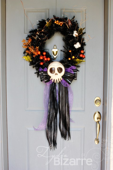 Haunted Mansion Wreath Lydia Bizarre